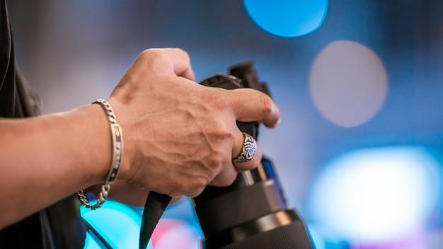 De sluitertijd instellen in de cameramodus