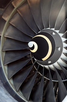 De straalmotor van het vliegtuig