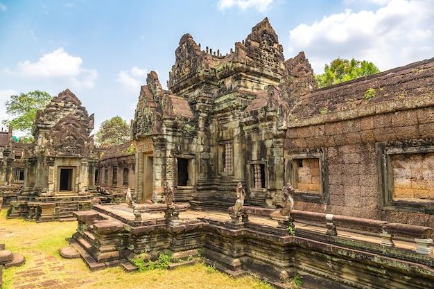 De tempel van banteay samre in angkor wat in siem oogst kambodja