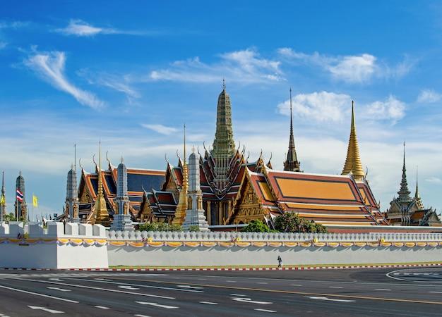 De tempel van de smaragdgroene boeddha