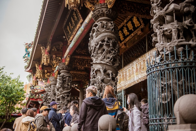 De tempel van longshan in het centrum van taipei in taiwan