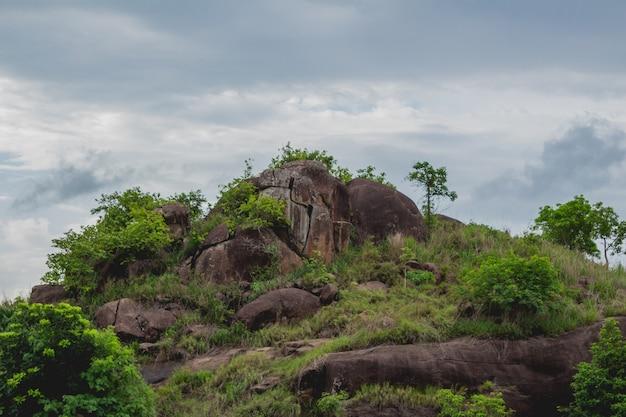 De top van een heuvel