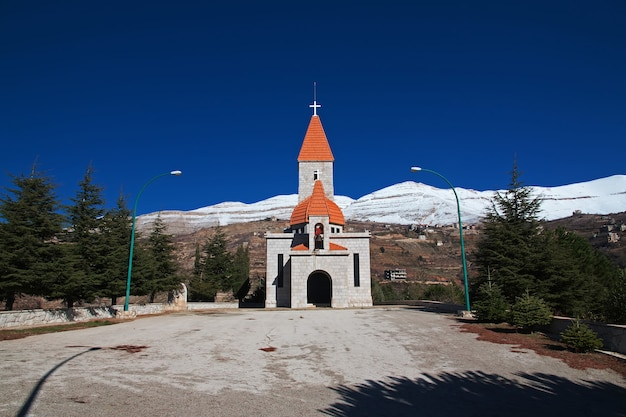 De vintage kerk in kadisha-vallei van libanon