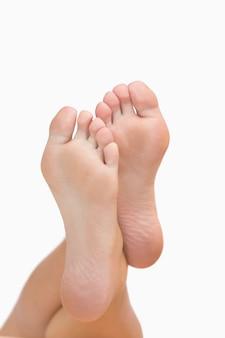 De voeten van de vrouw