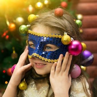 De vreugde van het meisje uit de nieuwjaarsvakantie.