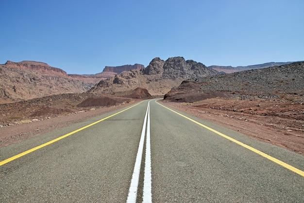 De weg in al shaq great canyon