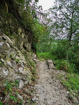 De weg op bergen in banaue van de filippijnen