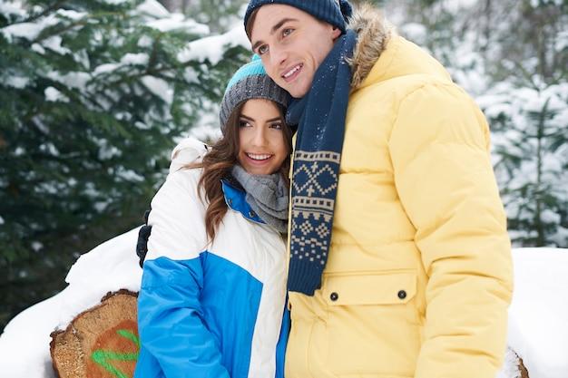 De winter is tijd om te knuffelen met een speciaal persoon