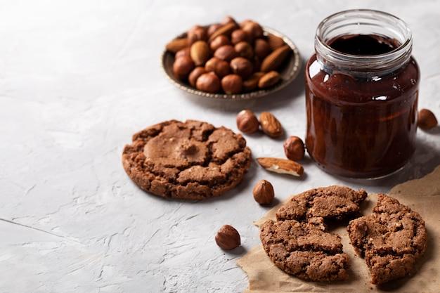 De zoetighedenregeling van de hoge hoekchocolade met exemplaarruimte