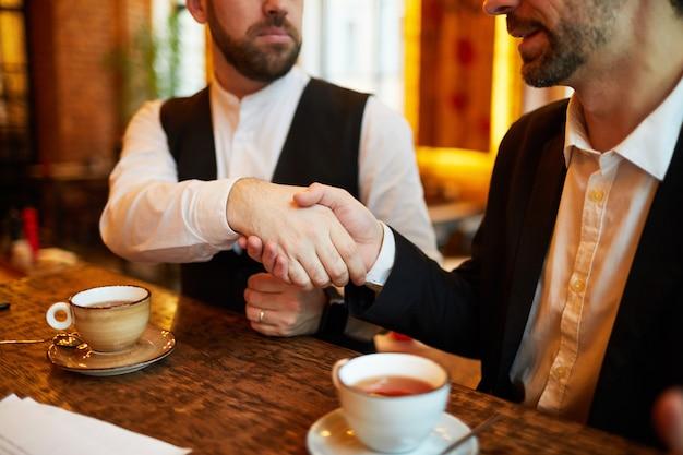 Deal in restaurant