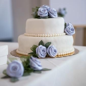 Decoratie op een bruiloft tafel