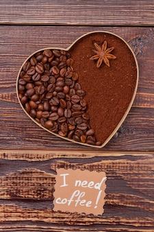 Decoratief hart uit twee delen. ik heb koffieconcept nodig.