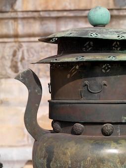 Decoratieve urn bij de verboden stad, peking, china