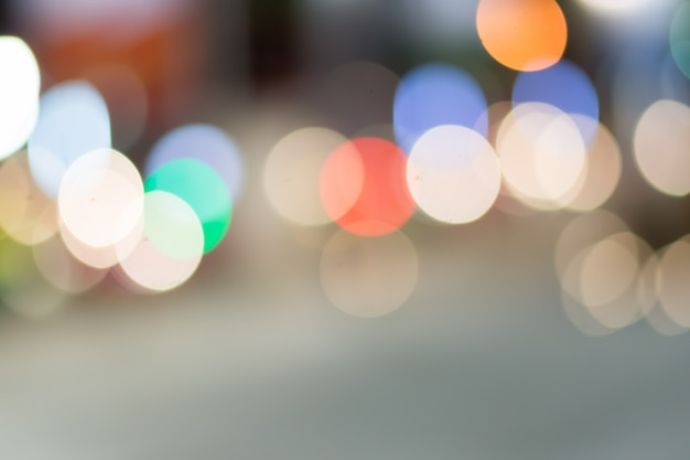Defocused stad nacht gefilterd bokeh abstracte achtergrond.