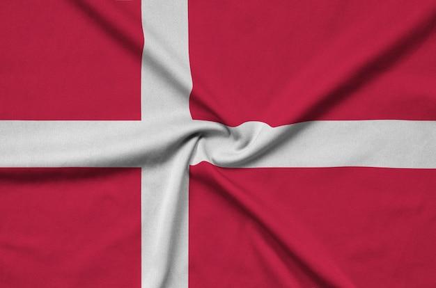 Denemarken vlag met veel plooien.