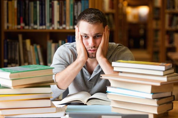 Depressieve student heeft veel te lezen