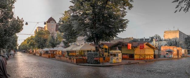 Deribasovskaya-straat in odessa, oekraïne
