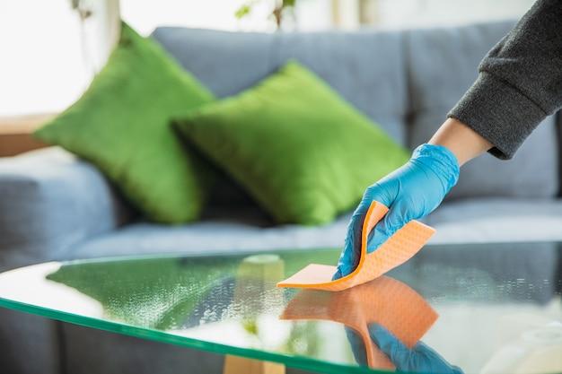 Desinfecteren in huis Gratis Foto