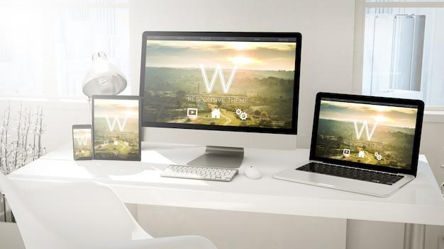 Desktopapparaten computer, tablet, laptop en telefoon