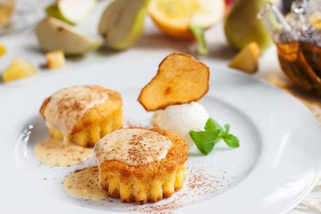 Dessert zoete zoetwaren gebak restaurant menu taart zoet voedsel concept