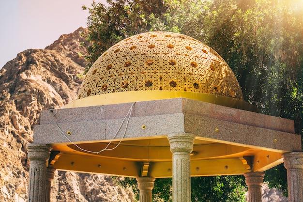 Detail van de architectuur in muscat, oman