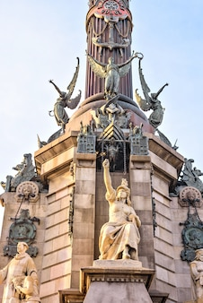 Detail van het monument van columbus in barcelona spanje