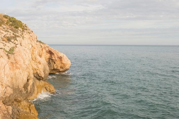 Details van de kust van malaga
