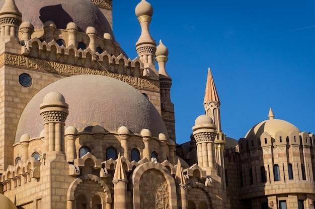 Details van grote islamitische moskee.