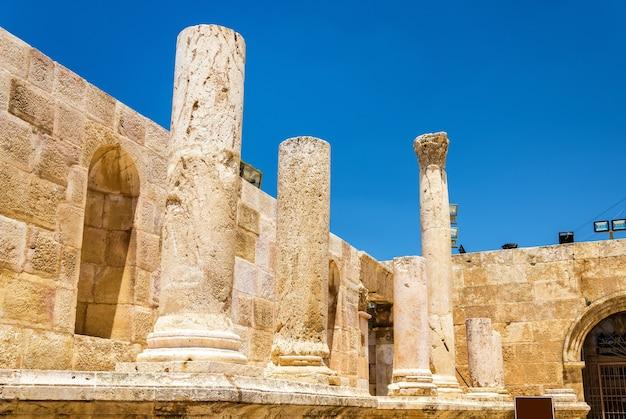 Details van het romeinse theater in amman - jordanië