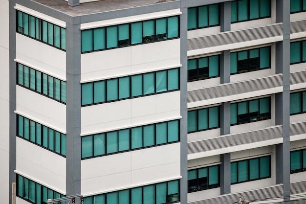 Details van moderne gebouwen, hoogbouw in de stad