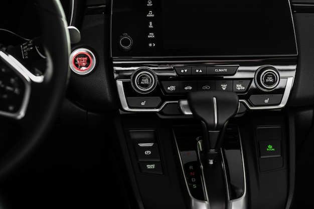 Details van stijlvolle auto-interieur, lederen interieur