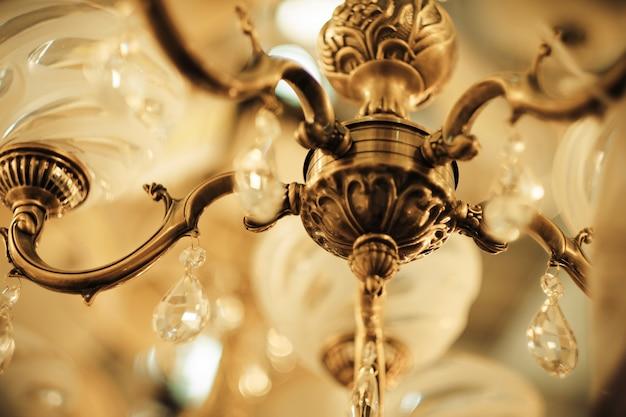 Details vintage kristallen lamp