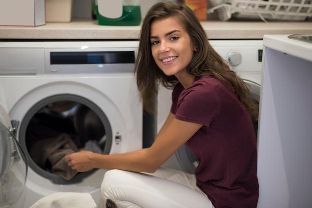 Deze vrouw is een perfecte huisvrouw