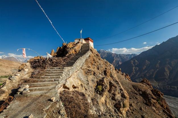Dhankar gompa klooster. dhankar, spiti-vallei, himachal pradesh, india