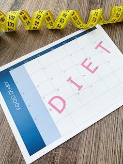Dieetplan concept, meetlint en dieetplan