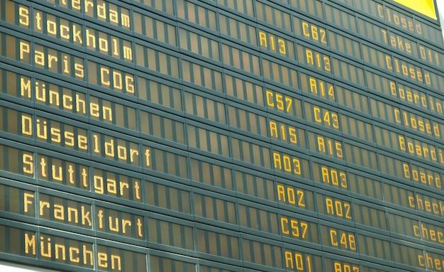 Dienstregeling op de luchthaven