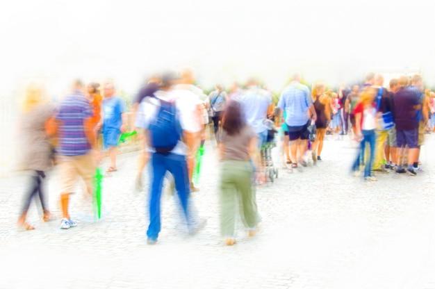 Diffuse mensen lopen