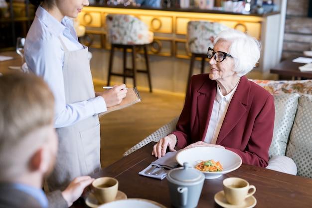 Dineren in het restaurant