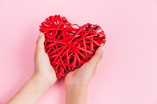 Dinsdag geven is een wereldwijde dag van liefdadigheid
