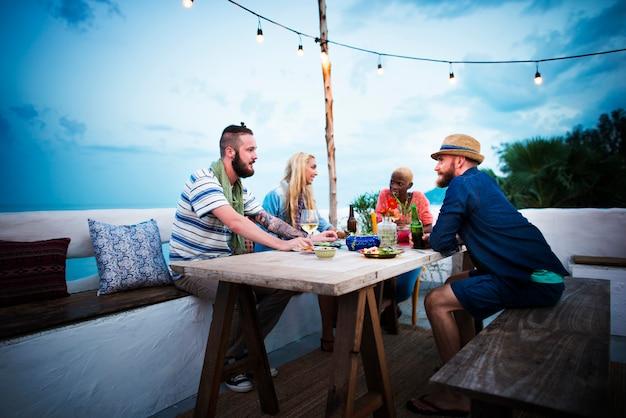 Divers etnisch de partijconcept van het vriendschapspartij vrije tijd
