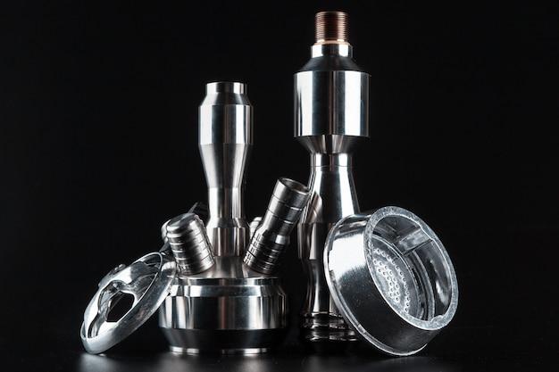 Diverse accessoires voor het maken van waterpijp