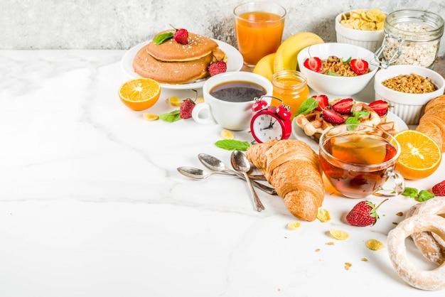 Diverse ochtend ontbijt eten