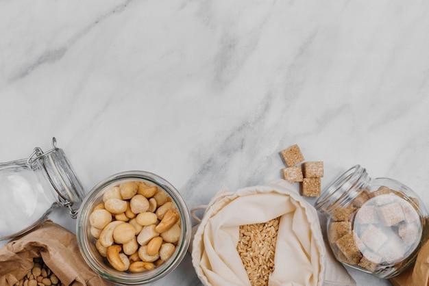 Diverse pantry-producten kopiëren ruimte