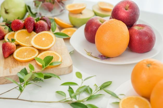 Diverse vruchten, eten gezondheidszorg en gezond concept