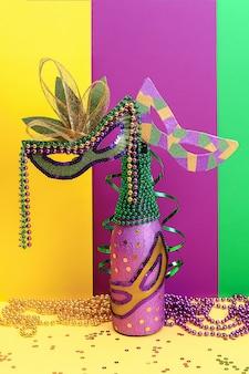 Diy mardi gras fles paars zelfklevend papier