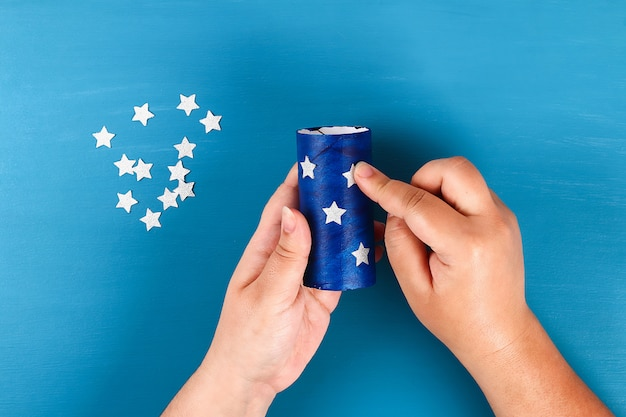 Diy windzakken 4 juli toilet mouw en crêpepapier kleuren amerikaanse vlag