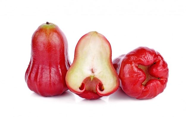 Djamboevruchten op wit worden geïsoleerd dat