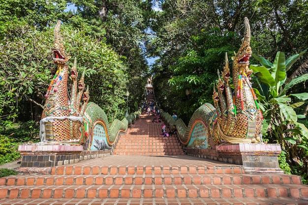 Doi suthep-tempel, chiang mai in thailand