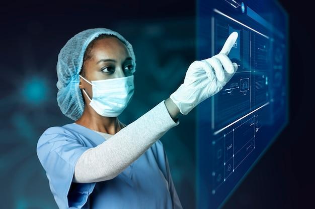 Dokter die moderne virtuele scherminterface medische technologie aanraakt