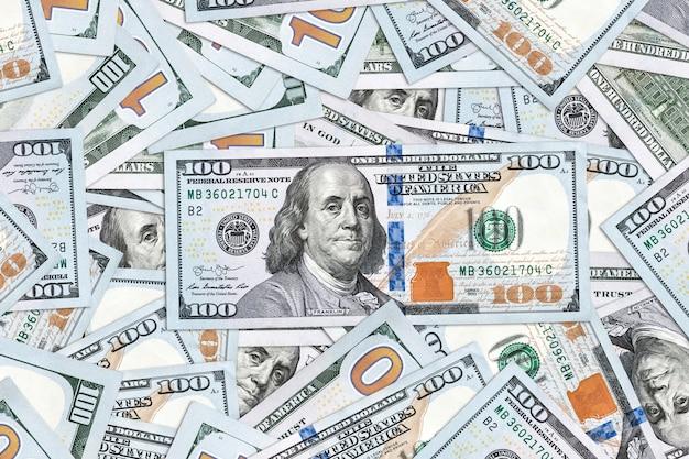 Dollar achtergrond. geld textuur. enkele duizenden amerikaanse dollars